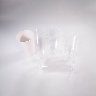 Cups (multiple sizes of paper cups, plastic cups)